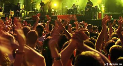 http://www.ehhuu.ru/wp-content/uploads/2012/05/rockholmi-festival.jpg